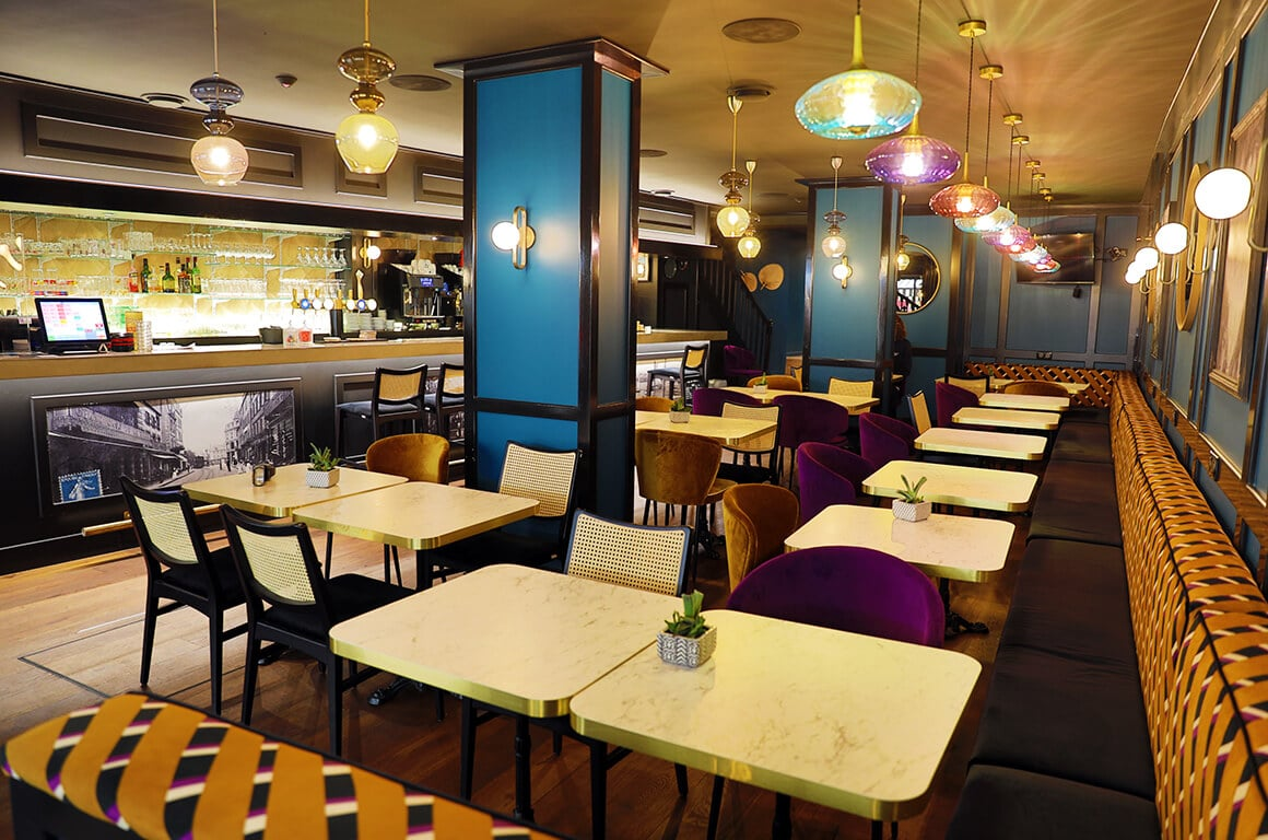Brasserie granvillaise historique - granville - decoration interieur - 11